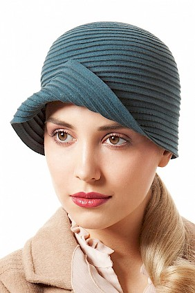Cloche Hut blau Filzhut Damen Damenhut Winter Hutmacher Hutdesign
