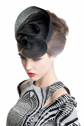 Fascinator hat black