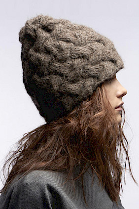 knitted hat brown by Hutdesign Hutmacherin Nicki Marquardt München