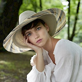 broad brimmed sun hat women summer