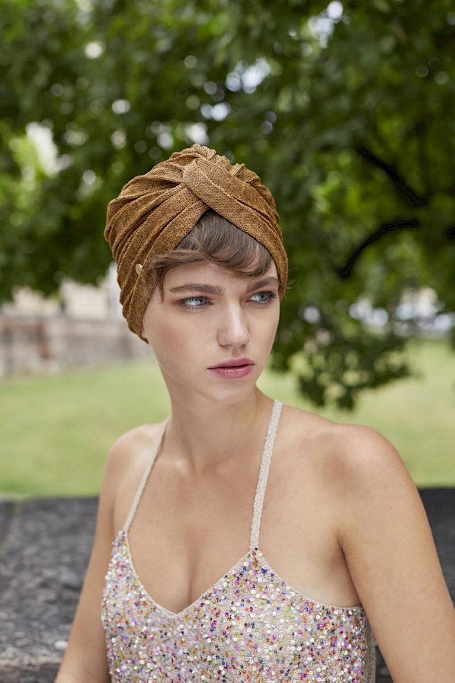 turban hat gold women
